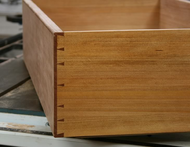 About dovetail marking and dovetail markers