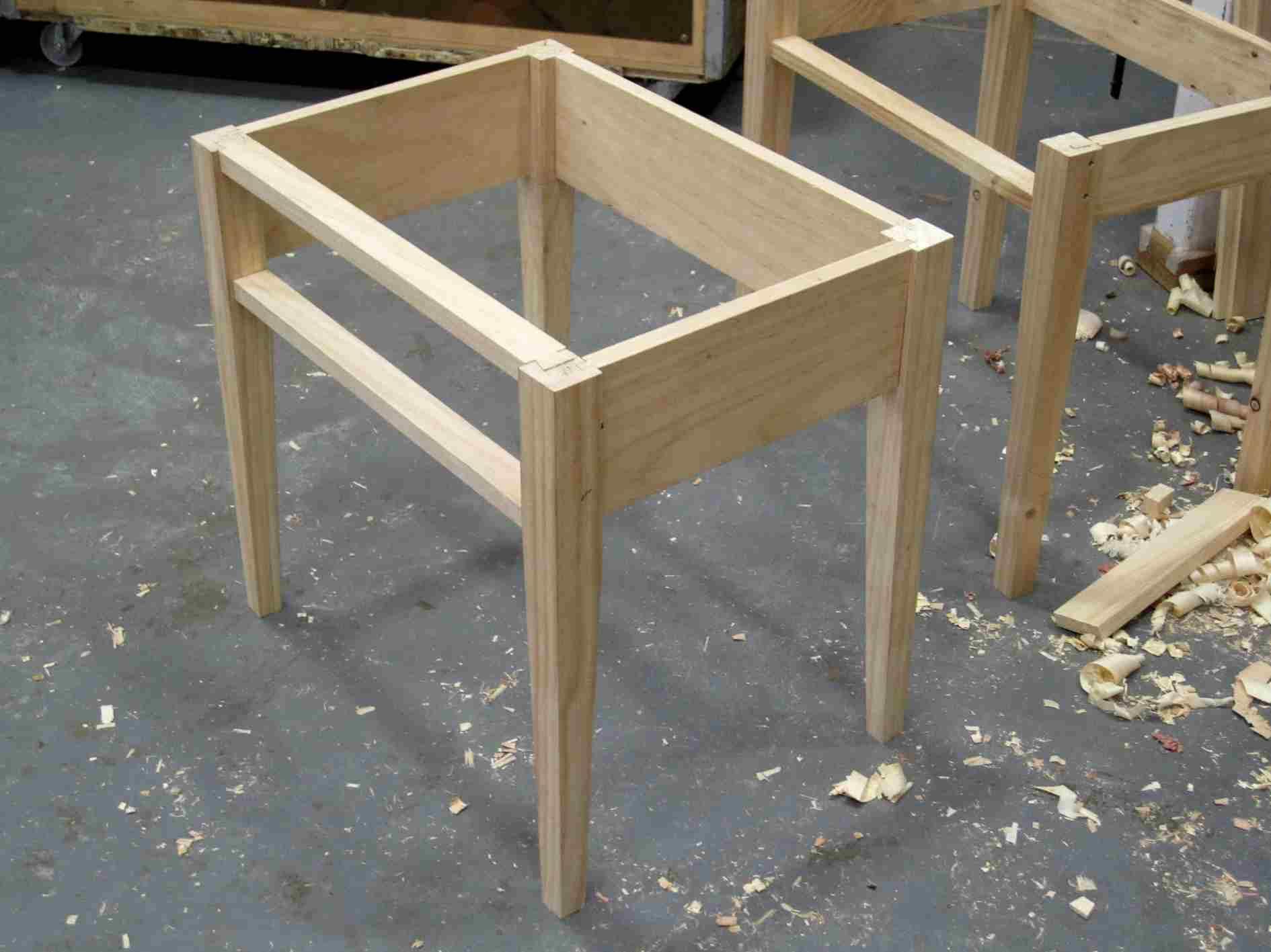 Shaker-styleBedside Table